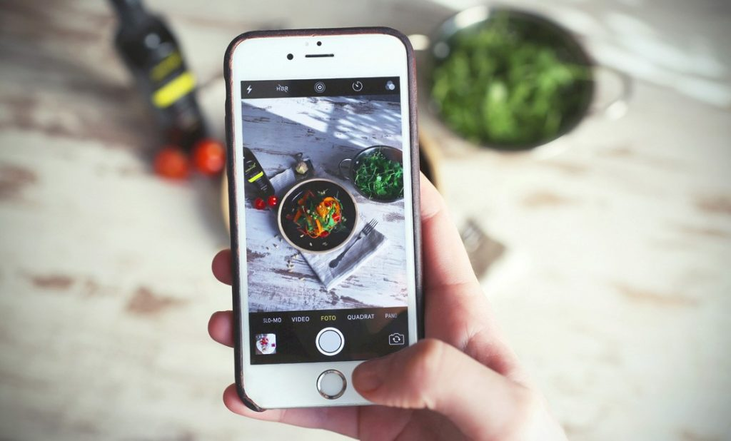 food picture through a phone